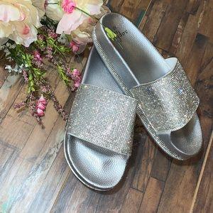 NWT   Silver Bling Slides 🎉LAST PAIR🎉